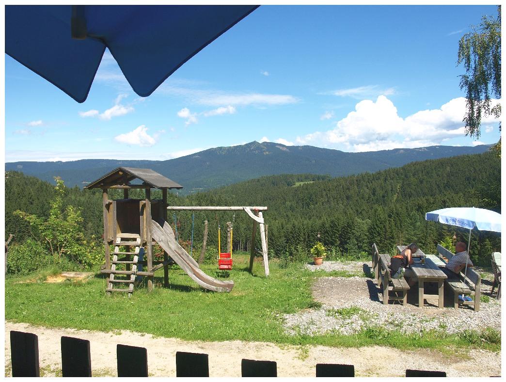 http://www.bayerwaldwandern.de/august12/5aug12_01.jpg