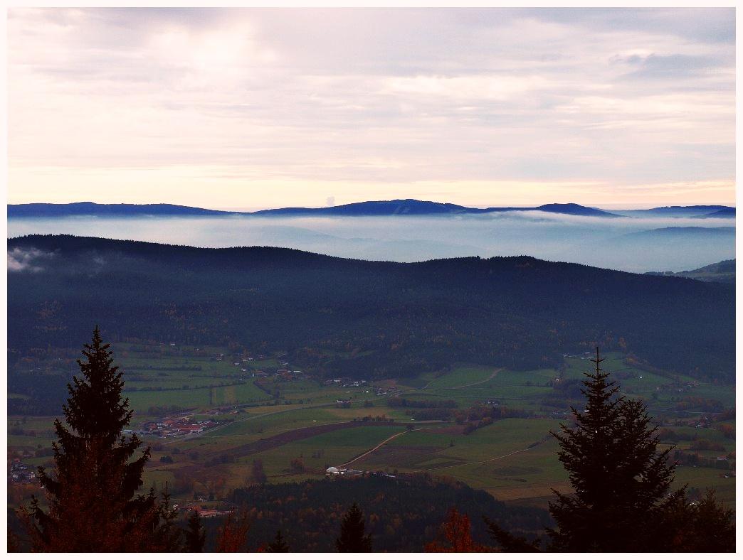 http://www.bayerwaldwandern.de/oktober11/30okt11_01.jpg