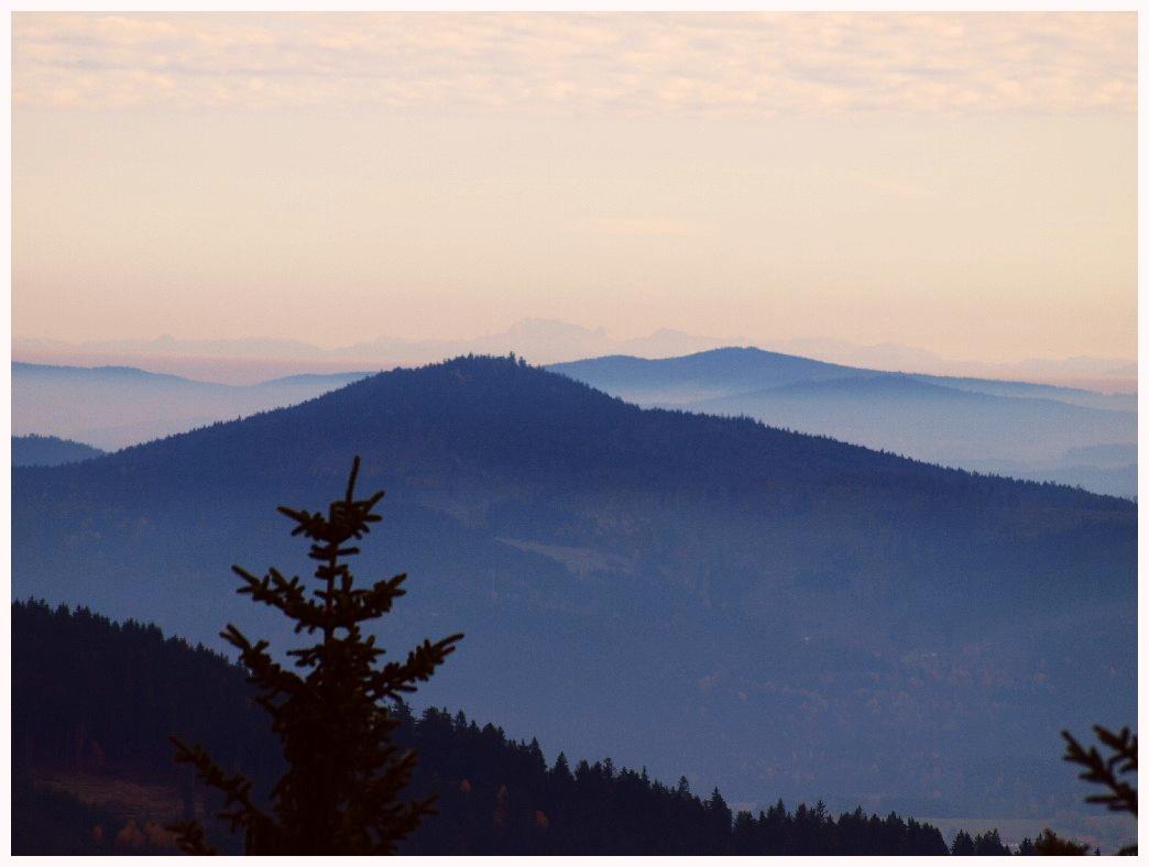 http://www.bayerwaldwandern.de/oktober11/30okt11_07.jpg