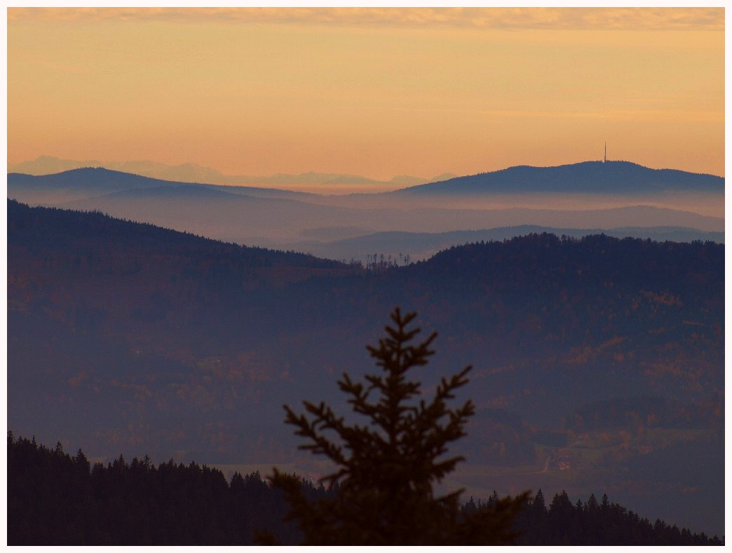 http://www.bayerwaldwandern.de/oktober11/30okt11_14.jpg