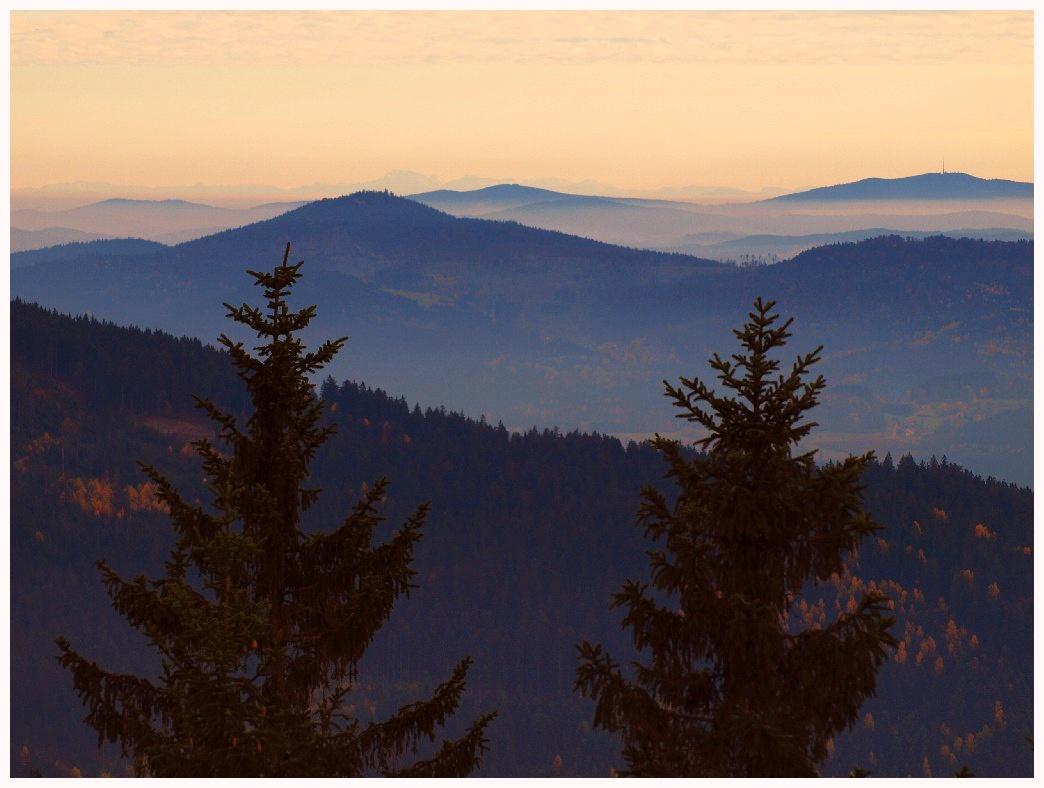 http://www.bayerwaldwandern.de/oktober11/30okt11_17.jpg
