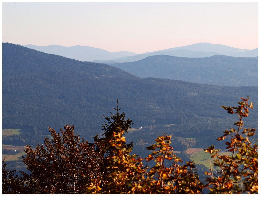 http://www.bayerwaldwandern.de/oktober11/okt11_04.jpg
