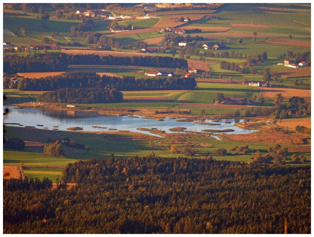 http://www.bayerwaldwandern.de/oktober11/okt11_22.jpg