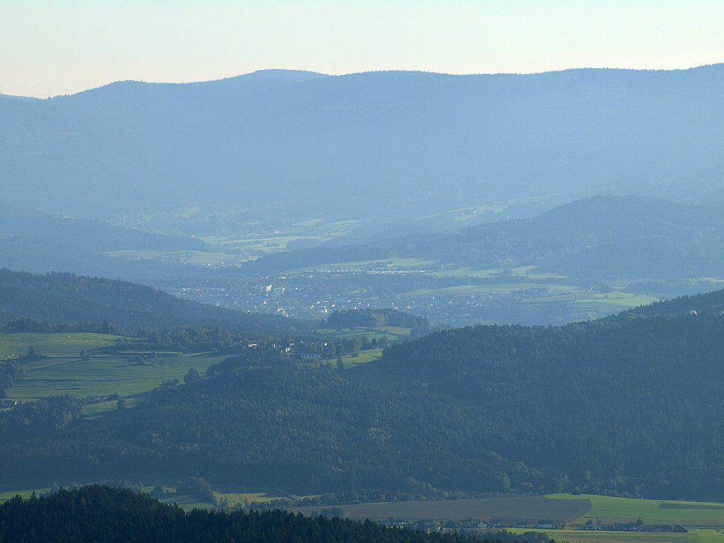 http://www.bayerwaldwandern.de/oktober11/okt11_23.jpg